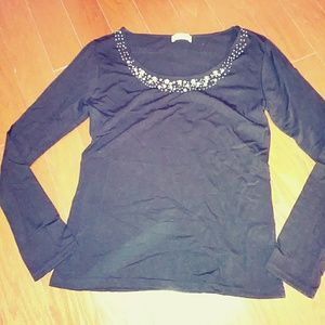 Tops - black tops with accessory